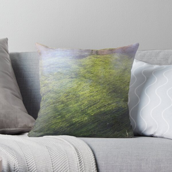 Wasabi gawa Throw Pillow