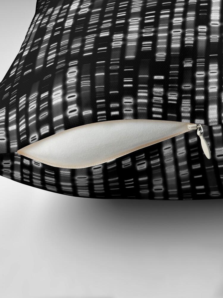 Alternative Ansicht von Abstrakte DNA - Schwarz - © Doc Braham; Alle Rechte vorbehalten Bodenkissen