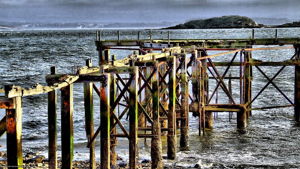 the old pier by davey lennox