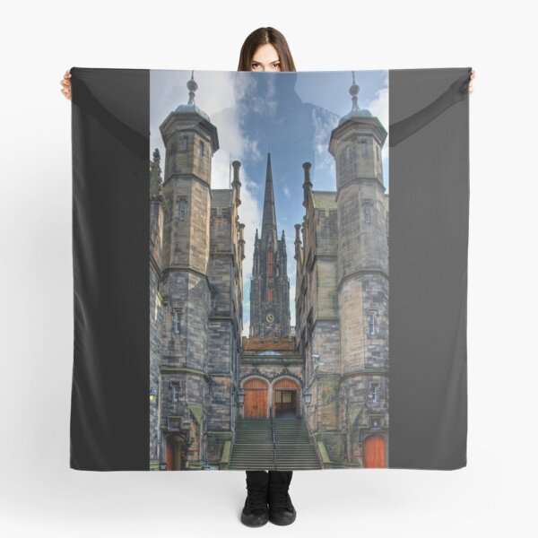 New College and The Hub Scarf