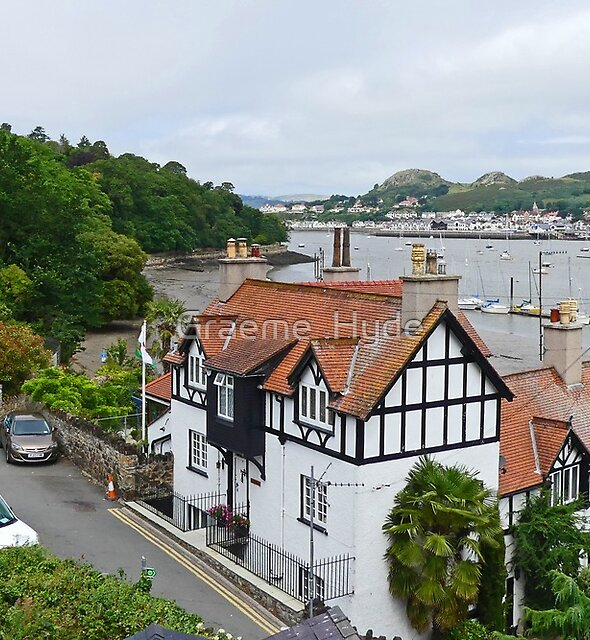 View from the Wall in Conwy by Graeme  Hyde