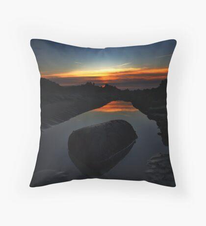 Beauport Bay I Throw Pillow