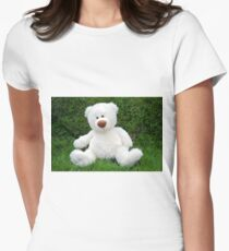 White teddy-bear sitting in grass Women's Fitted T-Shirt