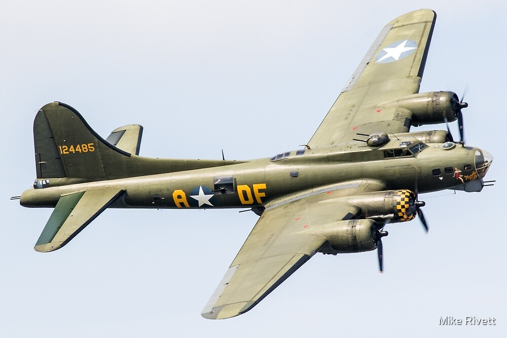 Boeing B-17  by Mike Rivett