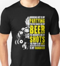 Working Out Is My Partying - Anime Gym Motivation  Unisex T-Shirt