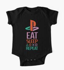 EAT SLEEP PLAYSTATION REPEAT TSHIRT  One Piece - Short Sleeve