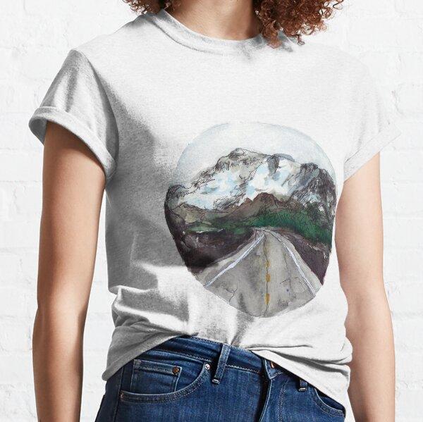 encuentra tu gran aventura Camiseta clásica