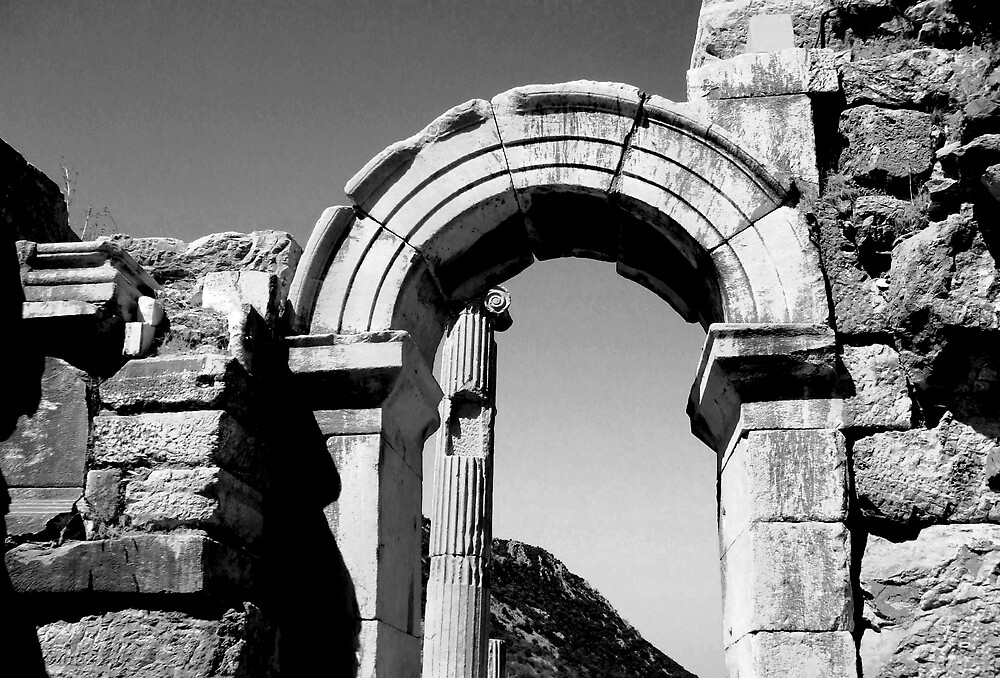 Roman Arch of Ephesus by kimie