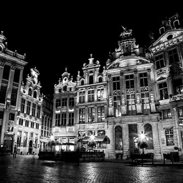 Midnight in Bruxelles  by Chocolat