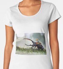 MACRO Women's Premium T-Shirt