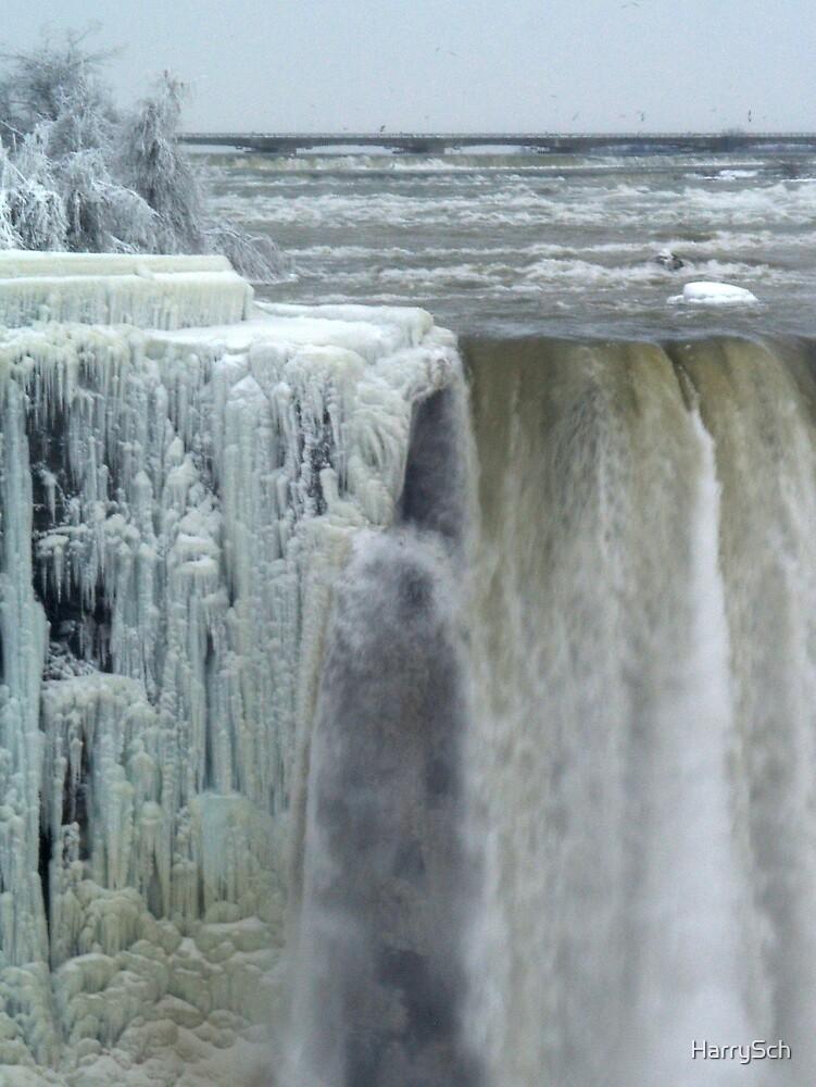 Niagara Falls in the Winter by HarrySch