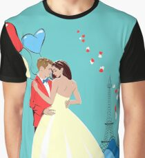 Romantic Design with Lovers in Paris Graphic T-Shirt