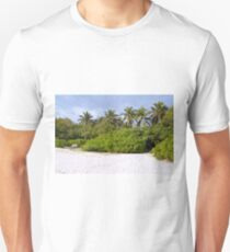 Exotic vegetation in the Maldives with palm trees Unisex T-Shirt