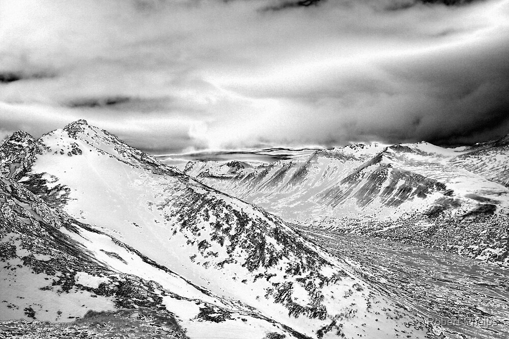 Chugach Mountians by Robert Phelps