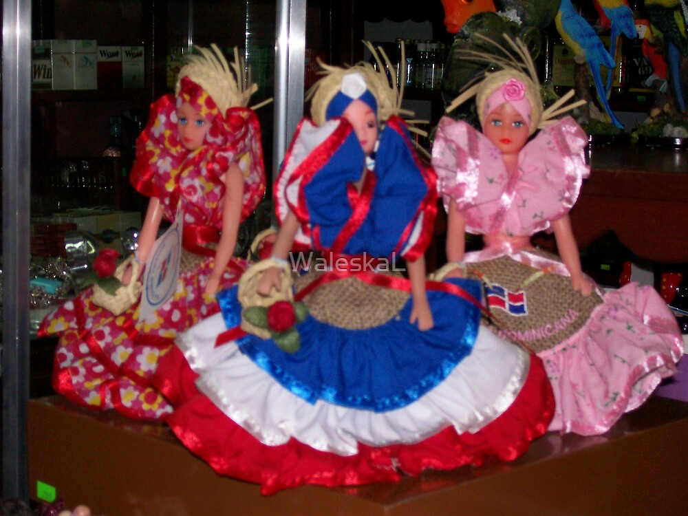 Traditional Dominican Dolls Display by WaleskaL