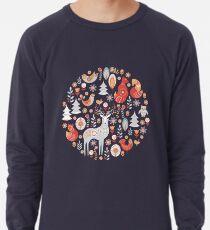 Märchenwald. Füchse, Rotwild, Vögel, Eulen, Blumen und Kräuter auf einem blauen Hintergrund. Leichter Pullover