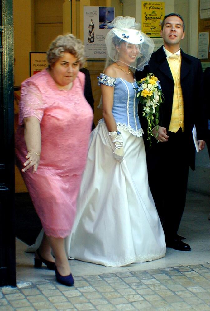 Wedding in Chinon by garryr