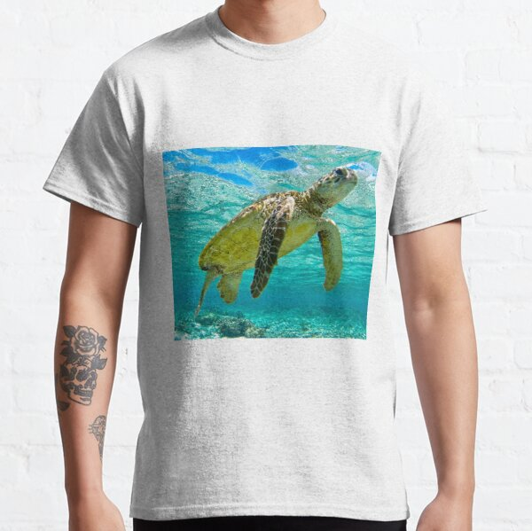 Green Turtle Blue Water Classic T-Shirt