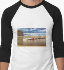 Fishing boats in Staithes Harbour Men's Baseball ¾ T-Shirt
