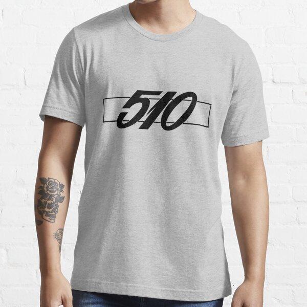 DATSUN 510 EMBLEM BLACK 1600 BLUEBIRD Essential T-Shirt