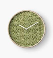 Pendant Purls-Celery Clock