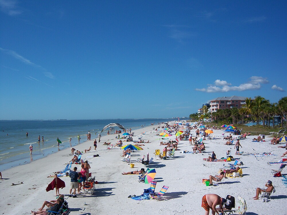 December on Fort Myers Beach by StudioN