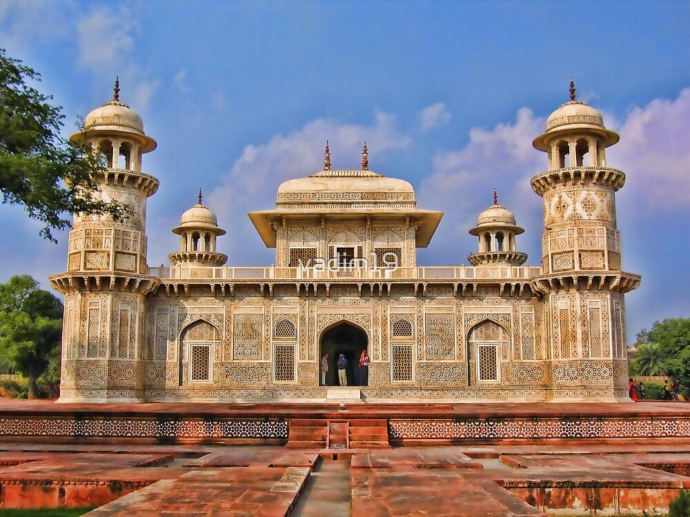 Itmad-Ud-Daulah's Tomb, Agra, India by vadim19