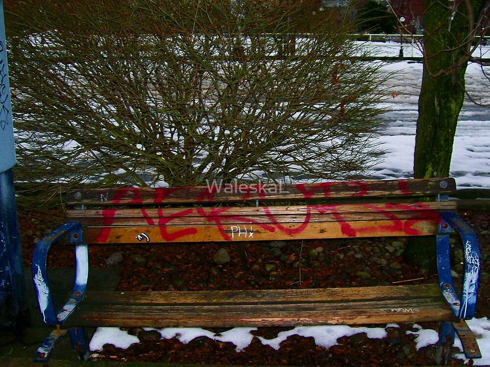 Old Bench Updated by WaleskaL