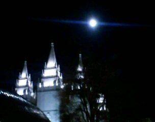 Blue Moon by WaleskaL