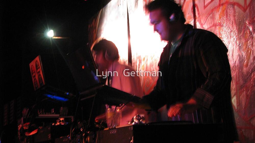The Music Makers by Lynn  Gettman
