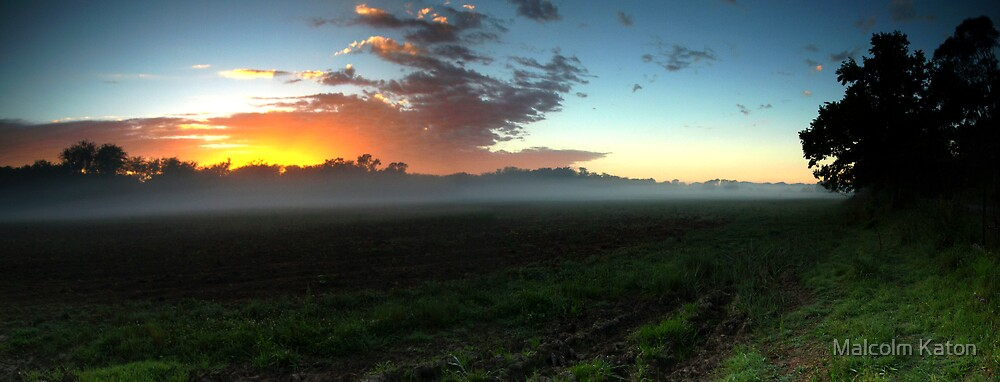 Country Sunrise - Theresa Park, NSW by Malcolm Katon