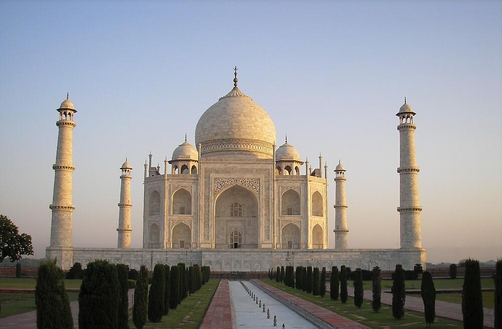 Taj Mahal, Agra, India by Geoff Maltby
