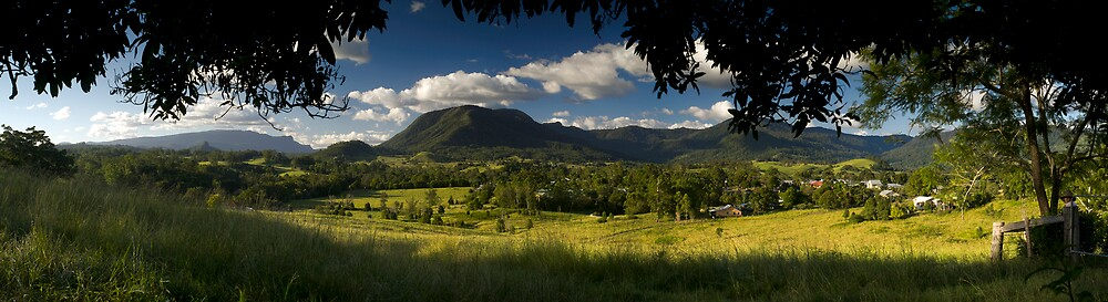 Nimbin. An Alternative View by nimbinpanoramics by akaphot