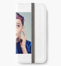 Noah Schnapp iPhone Wallet/Case/Skin
