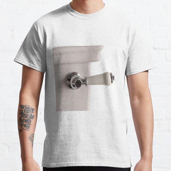 Handle of toilet bowl - Ручка унитаза Classic T-Shirt