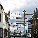 Straßenszene, Stornoway, Isle of Lewis von BlueMoonRose
