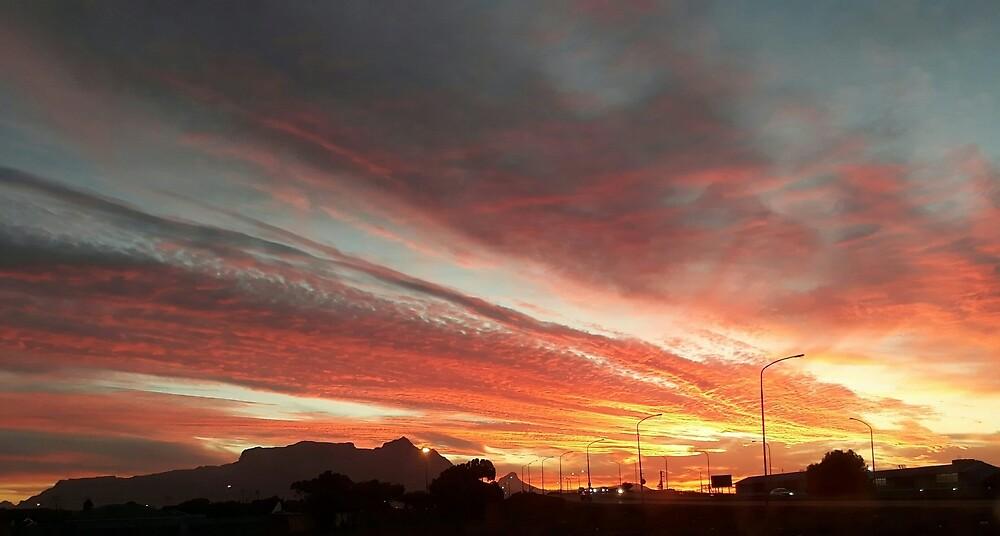 Table Mountain Sunset by CatherineKlein