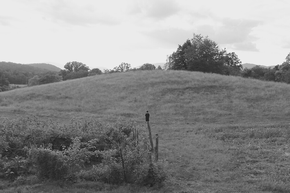 Black and White Hill Landscape by staysilver