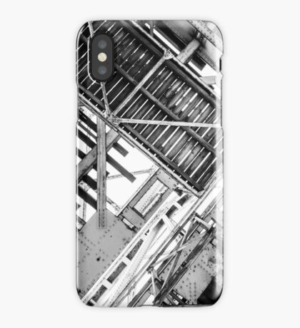 CRANKED [iPhone-kuoret/cases] iPhone Case
