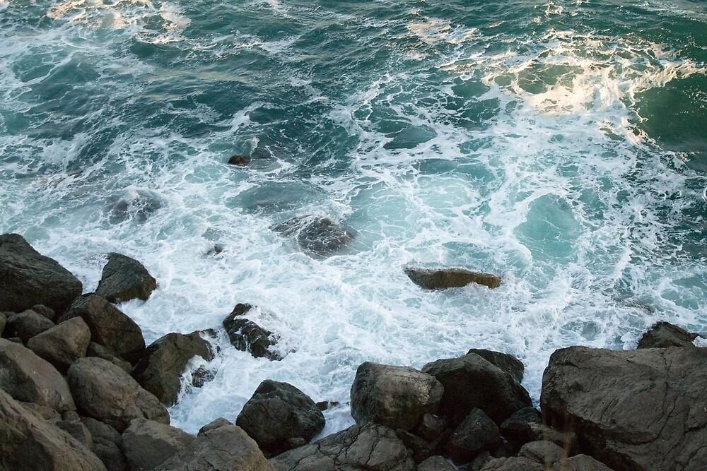 Sea waves by Solarmetal