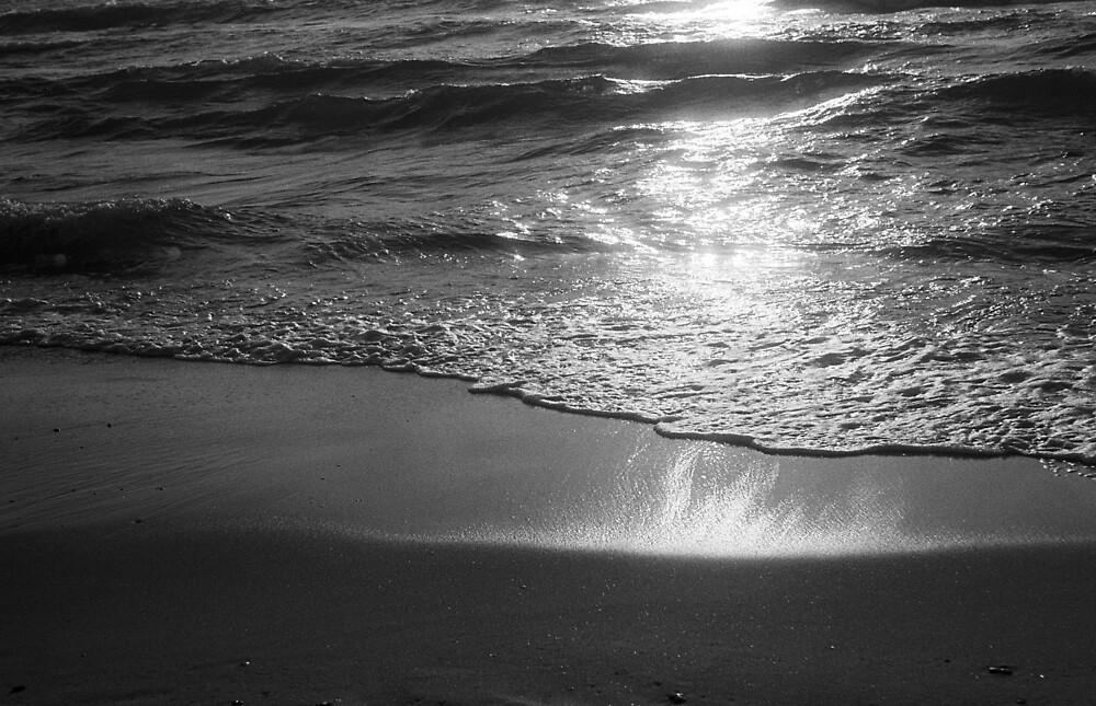 seashore monochrome, no. 1 by stillmoment