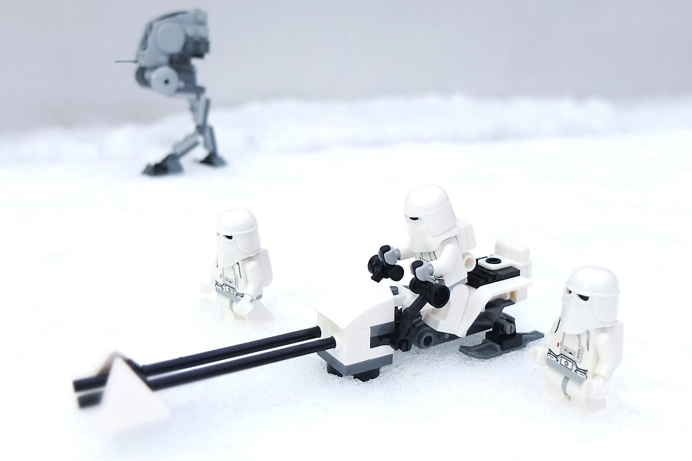 Snowtroopers advancing by BreathingBricks