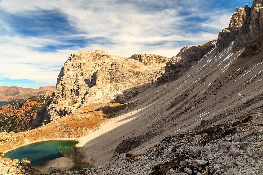 Autumn trekking in the alpine Pusteria valley by zakaz86