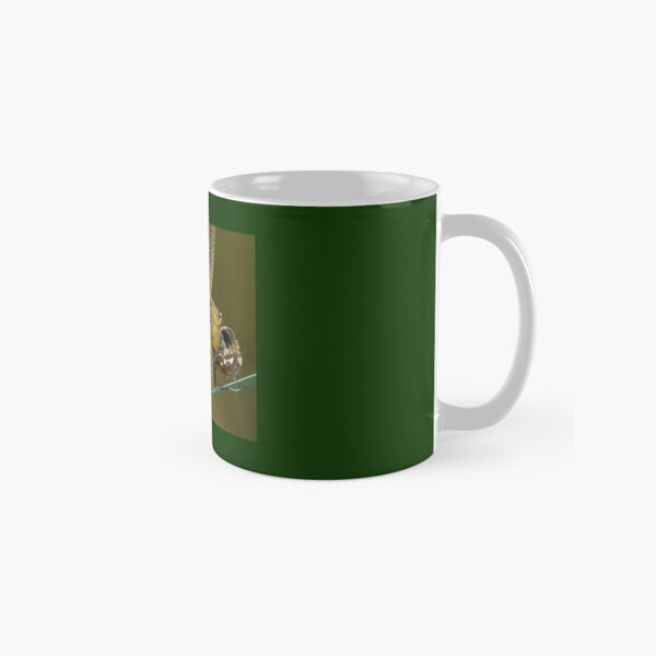 broad bodied chaser dragonfly  Classic Mug
