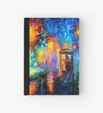 Mysteriöser Mann am schönen Regenbogen-Platz Notizbuch