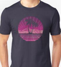 Modern Retro 80s Outrun Sunset Palm Tree Silhouette Magenta Unisex T-Shirt