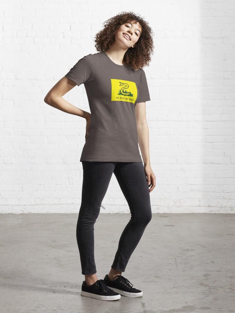 """Gadsden Flag No Step On Snek Meme"" T-shirt by ..."