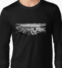 Malta Panorama – Harbour BW Long Sleeve T-Shirt