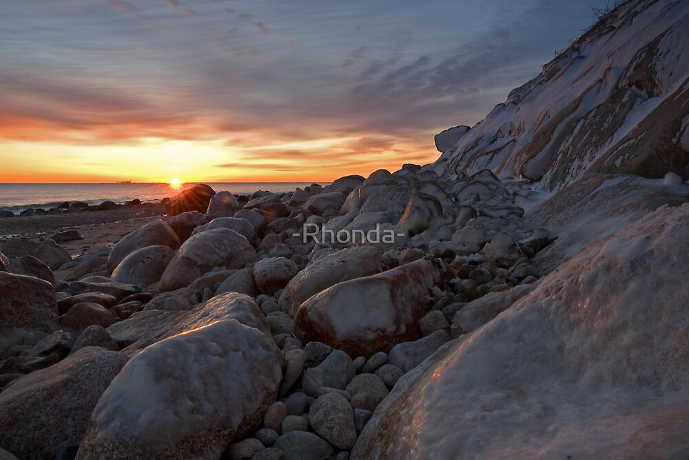 Icy Sunrise by -Rhonda-