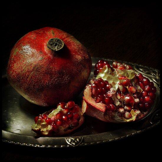 Pomegranate by Sashy